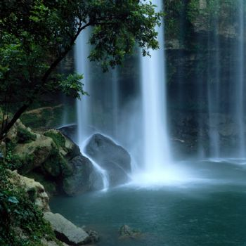 CHIAPAS WATERFAL