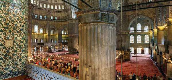 PANORAMIC VIEW AT BLUE MOSQUE ISTANBUL