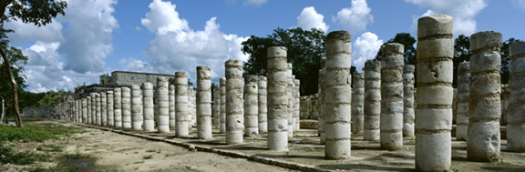 TEMPLE OF THOUSAND WARRIORS, CHICHEN ITZA, YUCATAN, MEXICO